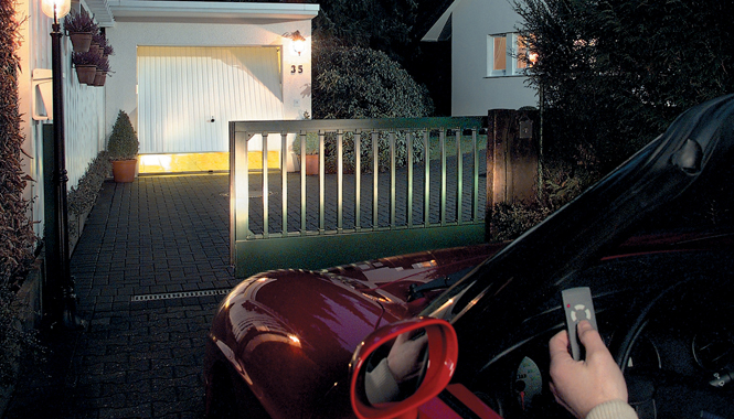 Garážová vrata si zaslouží pravidelnou péči