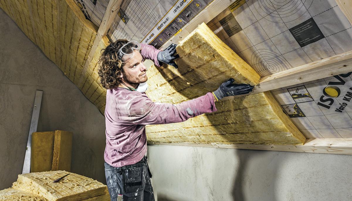 Jak udržet teplo od střechy k soklu
