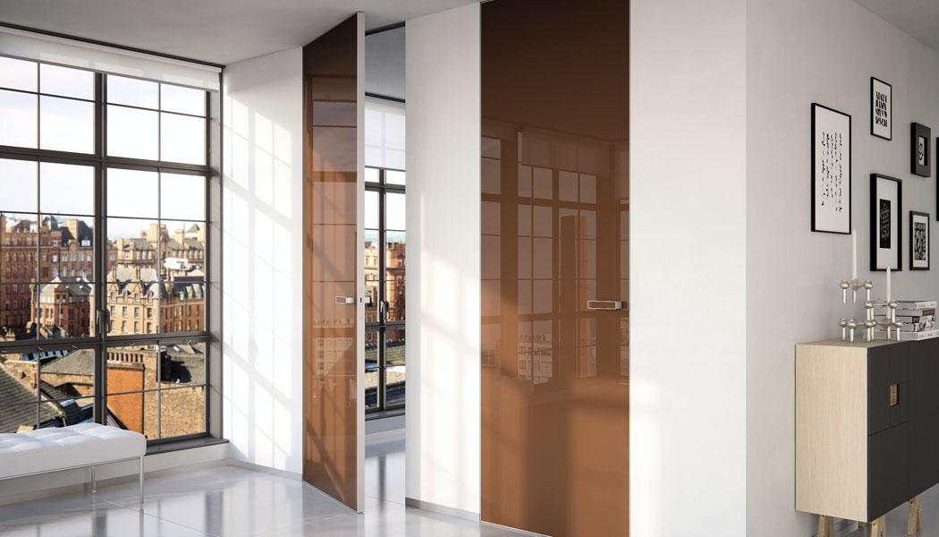 10 stupňů k domu 9.: Od podlahy ke dveřím