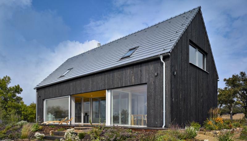 Pasivní dům v horách s charakterem venkovského stavení