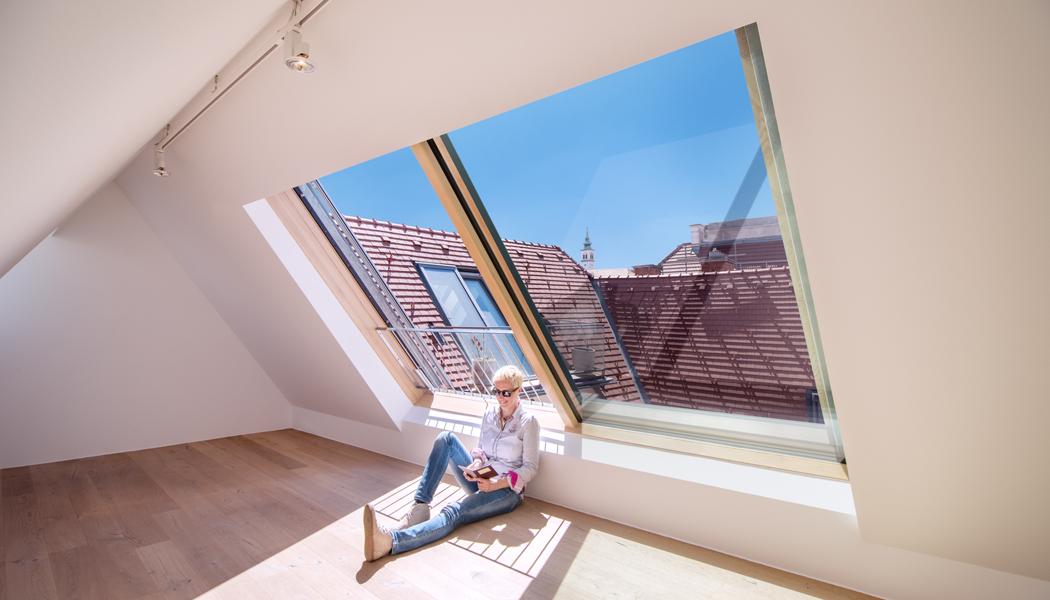 Posuvná střešní okna pro ploché i šikmé střechy